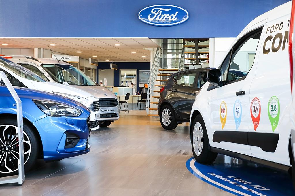Concession Pacific Auto de Morlaix proposant des véhicules neufs Ford