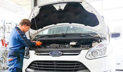 Pacificauto Atelier Entretien Vehicule Revision Vidange Pneumatique Reparation 525x310 1